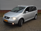 Vw Touran 2.0 Fsi 150Pk Highline bouwjaar 01-2005 233.475km.